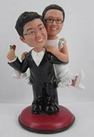 Personalized bobblehead doll carry me wedding gift wedding decoration fixed polyresin body + polyresin head Custom doll