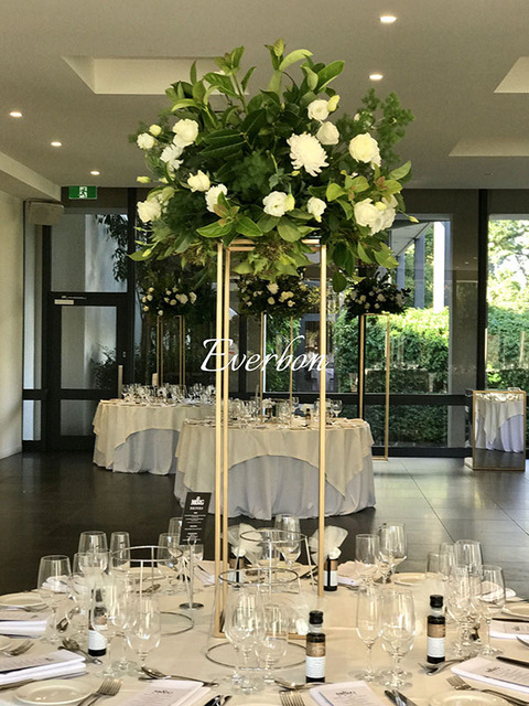 Elegant Wedding Flower Vase Metal Flower Column Gold Flower Stand