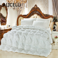 ALICELU Duck Down Comforter White And Pink Winter Quilts Partition Lining Warm Bread Twisted Flowers Duvet Quilt Down Blanket