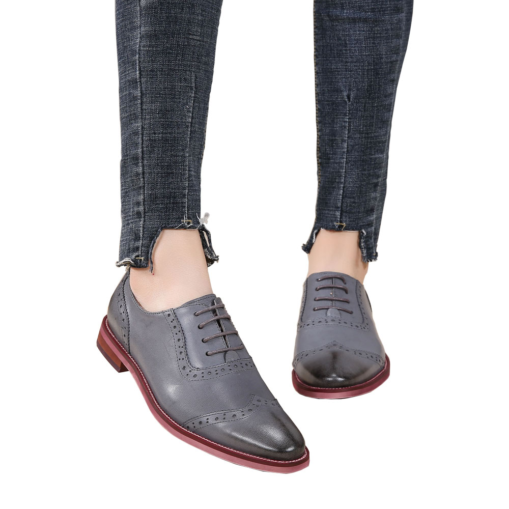2018 VALLU Women Brogue Shoes Wingtip Perforated Round Toes Lace Up Genuine Leather Vintage Oxfords Women Flats Shoes Plus Size foreada genuine leather shoes women flats round toe lace up oxfords shoes real leather casual boat shoes brown pink size 34 40