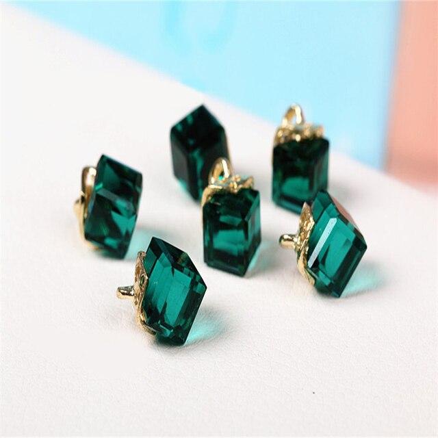 41f701b566a9 15 unids cristal cubo Cuentas pulsera pendientes de la joyería DIY  artesanía suministros hechos a mano