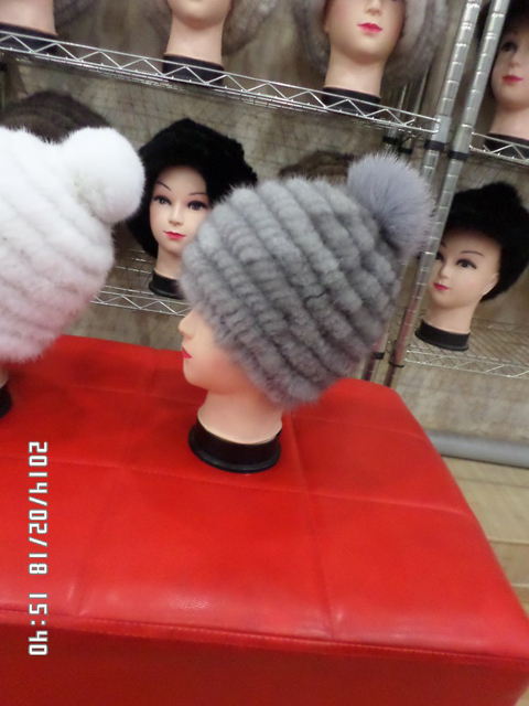 The fox mink skin woven straw hat