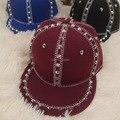 Moda de alta qualidade mulheres homens Unisex Snapback ajustável Cap Hat Punk Hiphop boné de beisebol borda plana pico rebites Cap chapéu