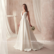 Famous Design Satin Wedding Dress with Pocket V-neck Cutout Side Open Back Bridal Dress Pocket vestido longo de festa