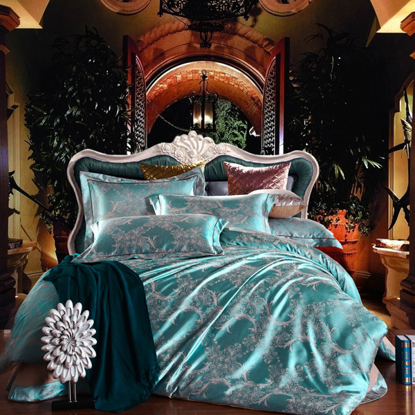 Luxury Embroidery Satin Jacquard Bedding Sets Bedclothes