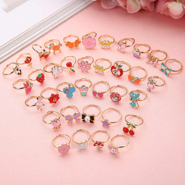 New 1pc Fancy Adjustable Cartoon Rings Favors Kids Girls Action Figures Toy