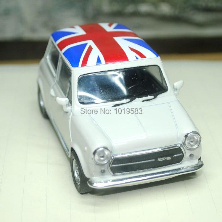 Brand New 1 36 Scale Classical Mini Cooper 1300 Union Version