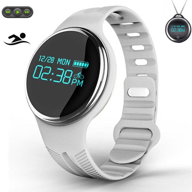 5160cde79e3 HOT Bluetooth Relógio Inteligente 360 Swim Ciclo Música Smartwatch Para IOS  App GPS Prazo