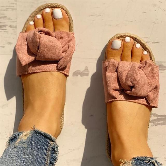 Adisputent Hausschuhe Frauen Bogen 2019 Sommer Sandalen Slipper Indoor Outdoor Leinen Flip-Flops Beachwear Schuhe Fashion Floral Schuhe