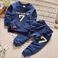 Новый год Весна Мальчиков Одежда набор Повседневная Спорт Письма Костюм Младенческая Малышей Девушки Одежда Топ 2 шт. Футболка + брюки