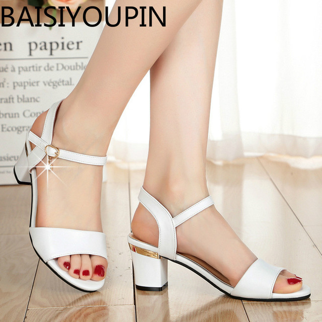 55078c2e1fd60 2018 Summer Women Med Heel Sandals Thick Heel Female Leisure Fish Mouth  Shoes Large Size 40 41 One Word Buckle Rhinestone Shoes