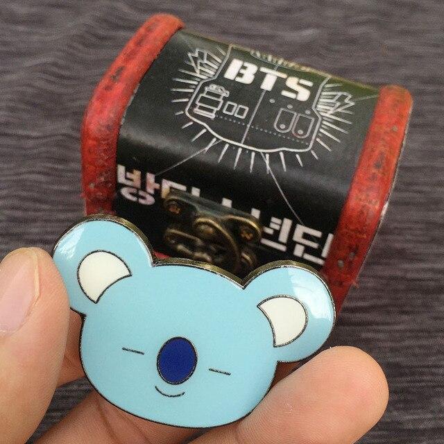 Брошки к-поп в ассортименте BTS 21 в подарочной коробке 4