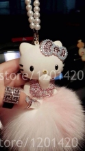 unique keychain sparkly Rhinestone hello Kitty Pendant fox furry Keyrings women car accessories rear view mirror charm Jewelry