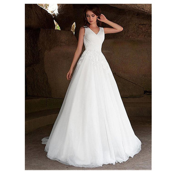 2019 Scoop Illusion Lace Applique Wedding Dresses A Line Sleeveless Tulle Bridal Gown With Back Buttons Vestido De Noiva 2019 new elegant ivory wedding dresses ball gown scoop neck sleeveless appliques simple lace up tulle bridal vestido de noiva