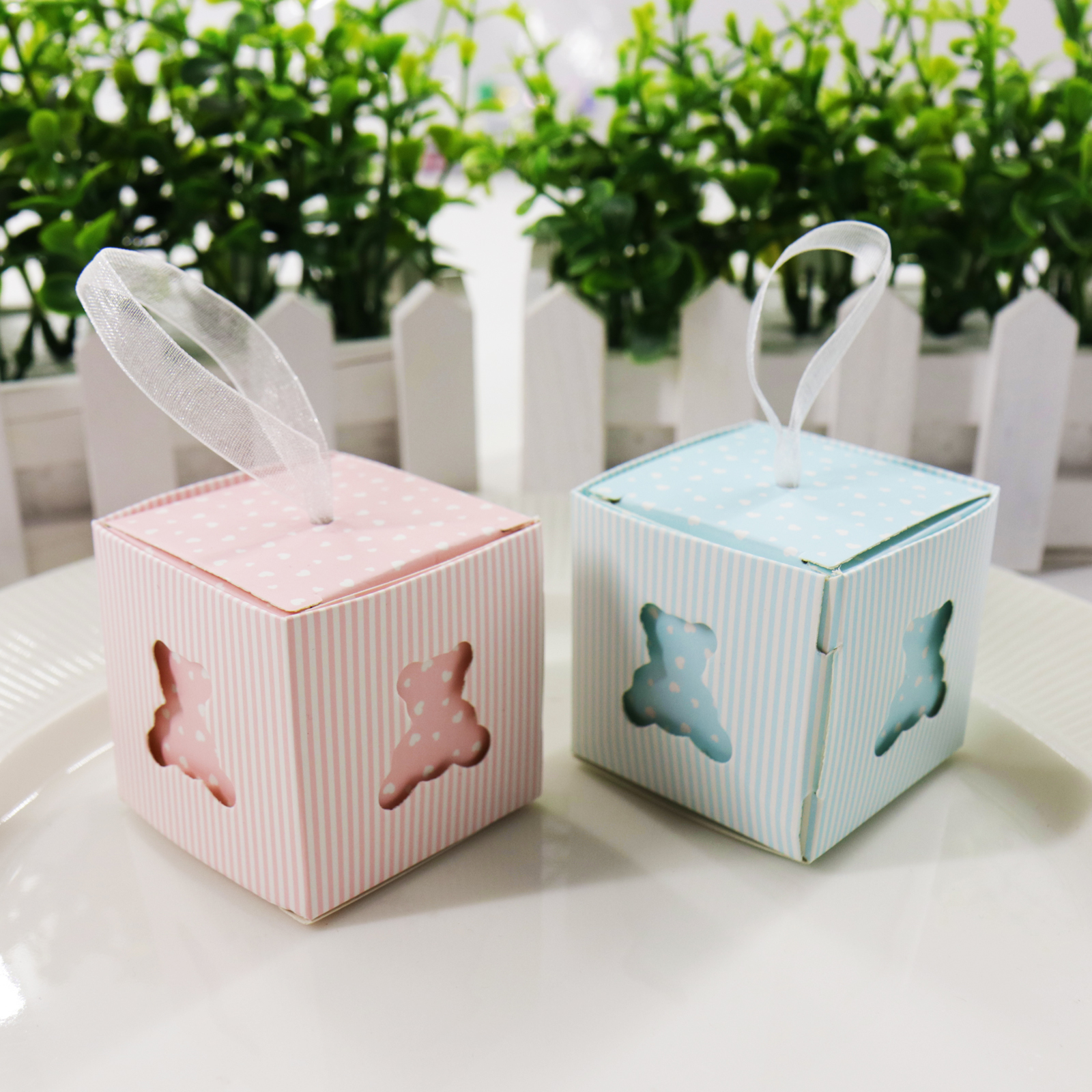 10pcs/lot Hollow Bear Candy Boxes DIY Baby Shower Birthday Party 5*5*5cm Pink/Blue Cute Wedding Decoration Candy Gift Box