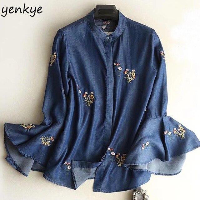 c1814c101 Primavera 2018 mujeres Vintage azul Tencel Denim camisa señora Flare manga Floral  bordado verano blusa Casual