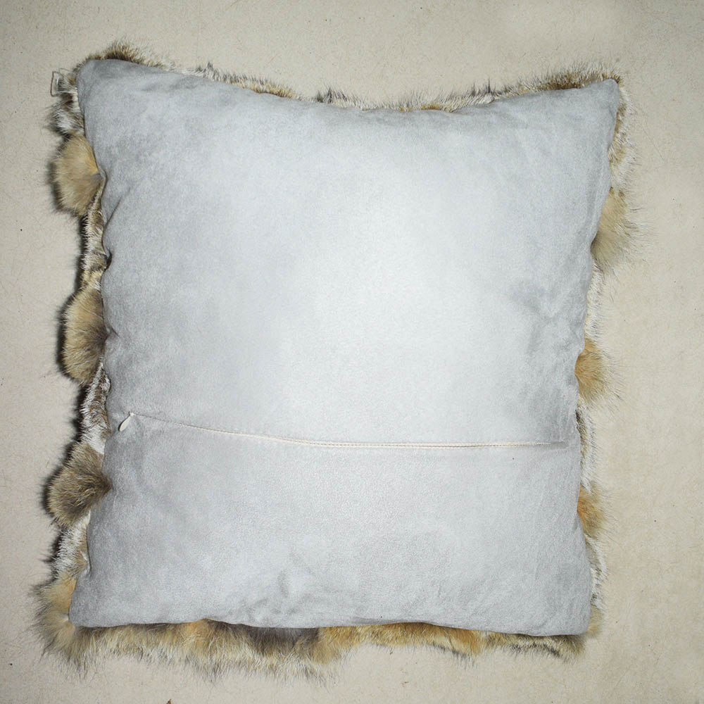 coyote fur cushion 4