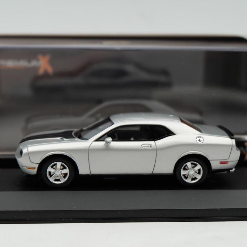 Ixo Premium X 143 Dodge Challenger Srt8 2009 Silver Pr0033