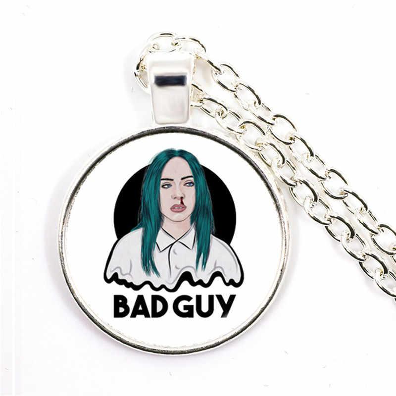 Popularne młoda piosenkarka Billie Eilish naszyjnik obraz muzyka hip-hop 25mm wisiorek ze szklanym kaboszonem biżuteria dla fanów muzyki prezent