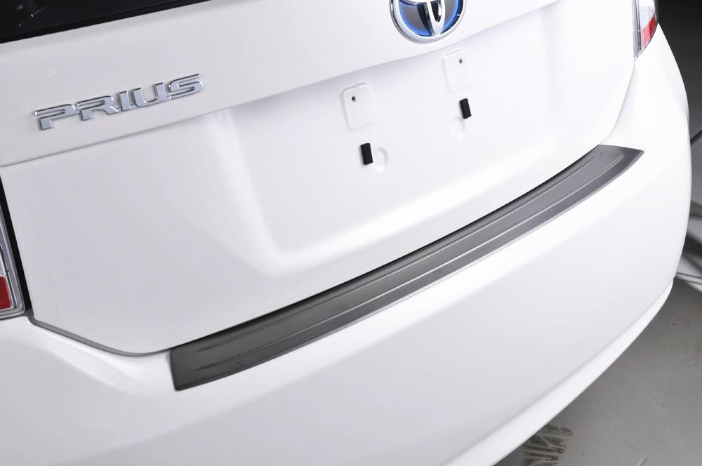 SUS304 accessoires de couverture de style de voiture de garniture de seuil de seuil arrière d'acier inoxydable pour Toyota Prius 30 ZVW30 2010-2015