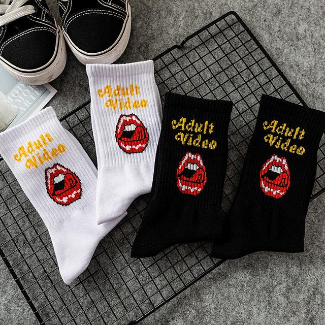 New Women fashion socks Lips Big tongue cotton casual hiphop Men socks Harajuku skateboard college style Couple cartoon socks