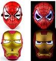 Пластиковые Мстители Железный Человек и Человек-Паук Электронный Световой Glow Маска Игрушки 2 шт.
