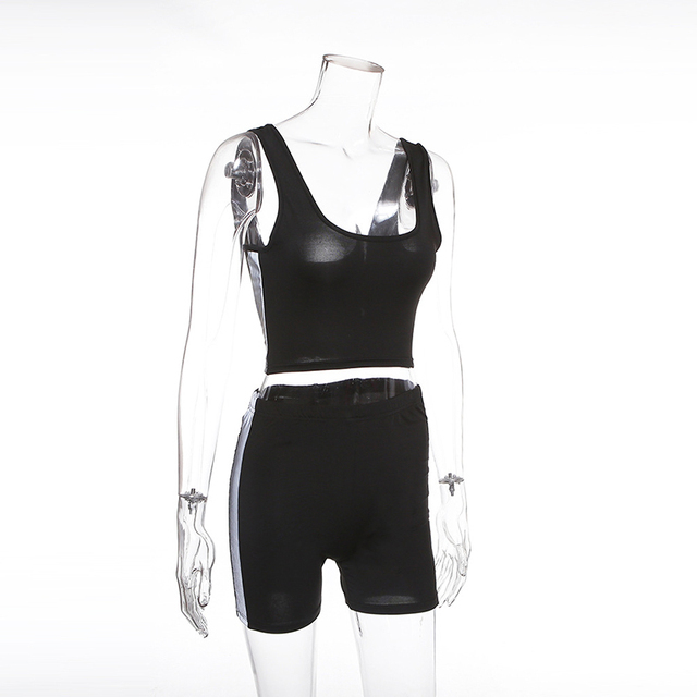 2 pieces Strapless Elastic Fitness Set with Elastic Waist Short
