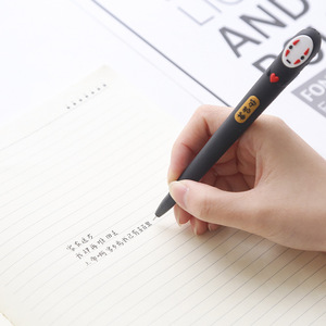 Image 4 - 32 pz/lotto Giappone Spirited Away No Viso uomo della penna del gel Sveglio 0.38 millimetri inchiostro nero neutro penne Scuola Dono di cancelleria di scrittura Forniture