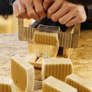Image 5 - ניקול סיליקון סבון עובש בעבודת יד סבונים ביצוע סט כלי 4 מתכוונן חיתוך תיבה עם 2 חתיכות נירוסטה cutters