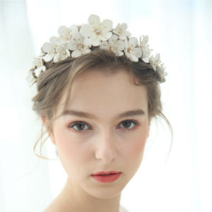 Leather Floral Bridal Crown Handmade Rhinestone Beaded Wedding Headband Party Prom Hair Jewelry Fashion Brides Hair Accessories