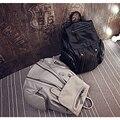 Мода PU Кожи Заклепки Рюкзак Женщины Плеча Сумки студент колледжа торговый Рюкзак Мягкий PU материал Сумка для Подростков Девочек
