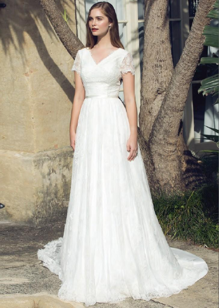 2019 A-line Lace Bohemian Modest Wedding Dresses With Cap Sleeves V Neck Informal Country Boho Wedding Gowns Reception Dress Soft And Light Weddings & Events