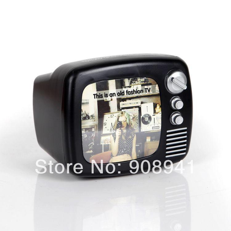 Nostalgic vintage TV piggy bank saver old fashion photo frame ...