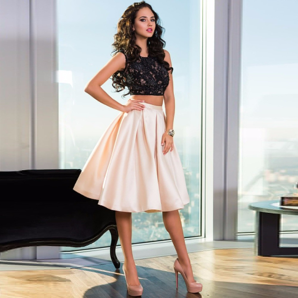 Back Open lace cocktail dress pictures advise to wear for autumn in 2019