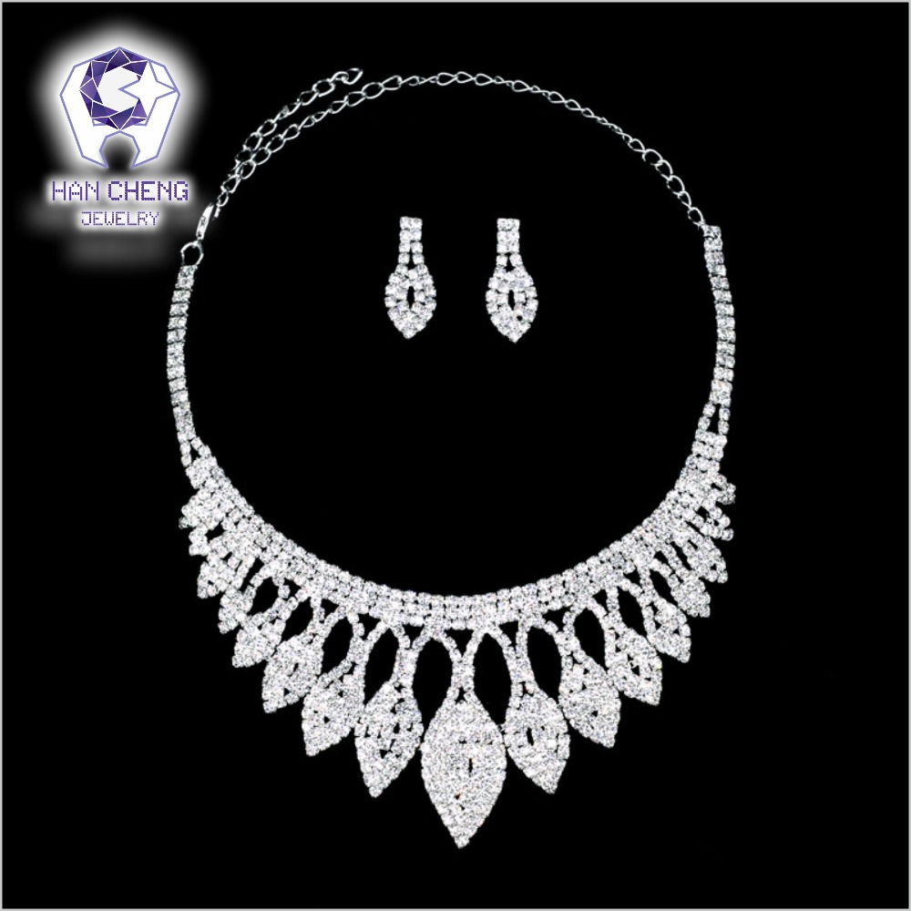 HanCheng Luxury Leaf Wedding Set Full Rhinestone Pendant Necklace Silver Plated Bride Created Crystal Wedding Jewelry Parures