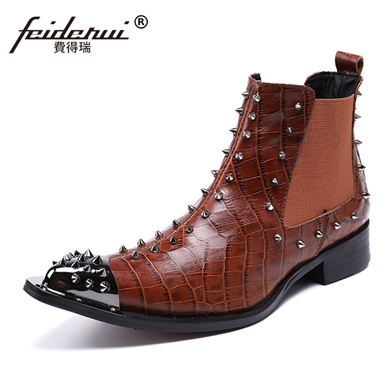 Plus Size Pointed Toe Runway Man Handmade Studded Shoes Designer Spiked Genuine Leather Men's Rocker Chelsea Ankle Boots SL71 plus size vintage pointed toe man metal tipped martin shoes handmade designer genuine leather men s punk rocker ankle boots sl18