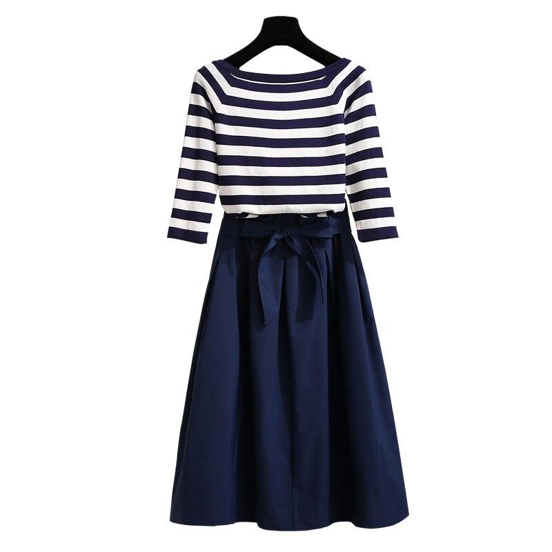 Costume femme automne nouveau vêtement femme 2018 longueur moyenne, première robe d'amour, rétro deux pièces de jupe rayée féminine femmes
