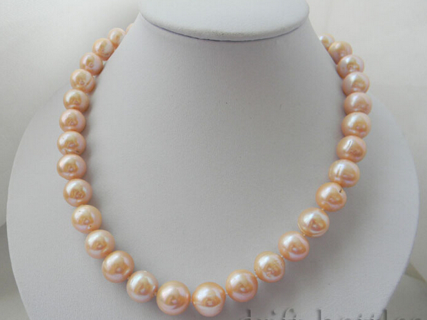 FREE shipping>>>>A 17 13mm Round Pink Freshwater Pearl NecklaceFREE shipping>>>>A 17 13mm Round Pink Freshwater Pearl Necklace