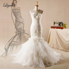 Liyuke Chic Tulle Strapless Mermaid Wedding Dress Court Train Lace Up Beading Appliques Lace Pleats Trumpet Bride Dresses