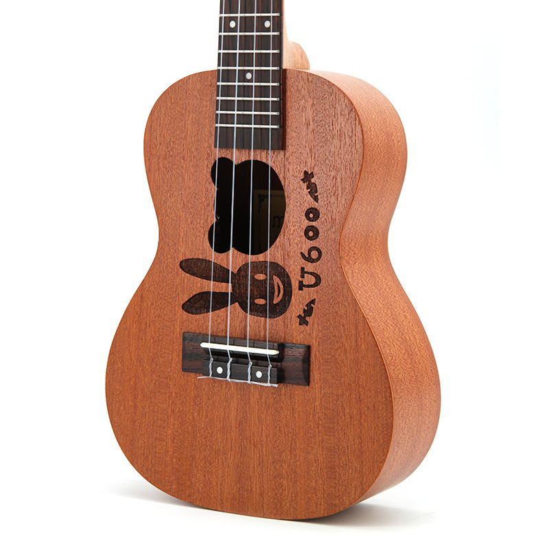 Vente chaude SevenAngel 23 pouces dessin animé ukulélé Concert Mini 4 pique voyage guitare acoustique ukelele instrumento musical