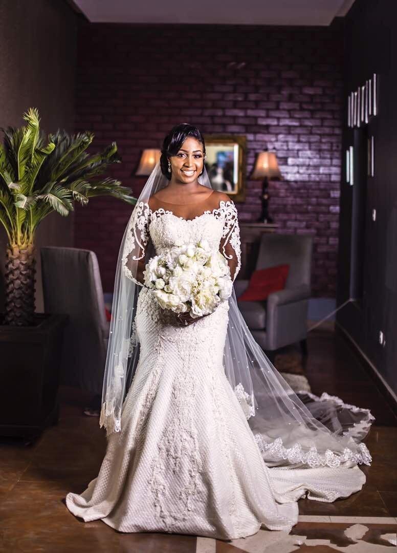 Image 5 - Vintage African Mermaid Wedding Dresses 2019 Vestido De Noiva Long Sleeve Lace Wedding Gowns Black Girl Women Bride Dress-in Wedding Dresses from Weddings & Events