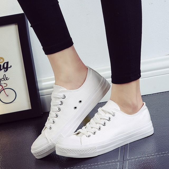 new spring summer 2017 female students white casual shoes Vulcanize white smile women canvas shoes