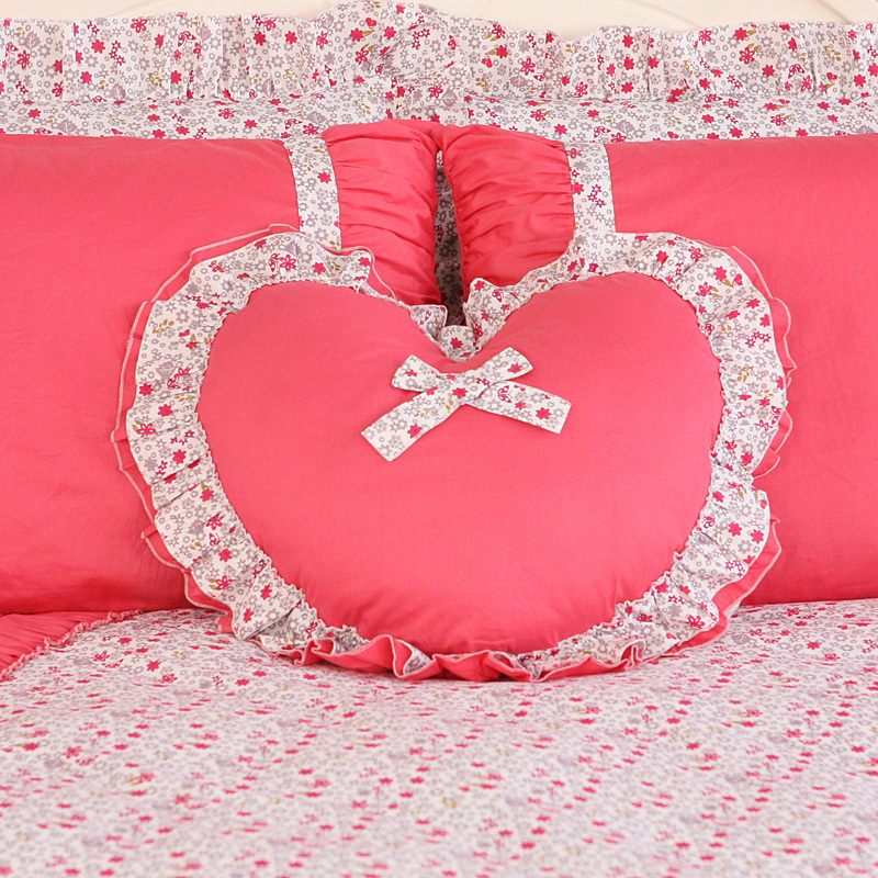 Heart-Shaped Luxury Cushion Decorative Throw Pillows Decorate Home Decor Pillow Kids Christmas Outdoor Decoration Computer Chair