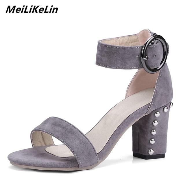 cffa8952c449 MeiLiKeLin 2018 Women Platform Sandals Thick Chunky Heel Buckle Sandals  Woman Casual Rivet High Heel Open Toe Shoes Large Size