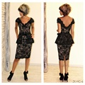 Elegant Cap Sleeve Black Lace Mother Of The Bride Dresses Knee Length Sheath Low Back Formal Gowns Vestidos Madrina  ZNK08