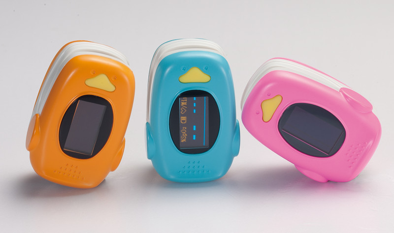 SpO2 and Heart rate Measuring Fingertip Pulse Oximeter for Child and Adult 1