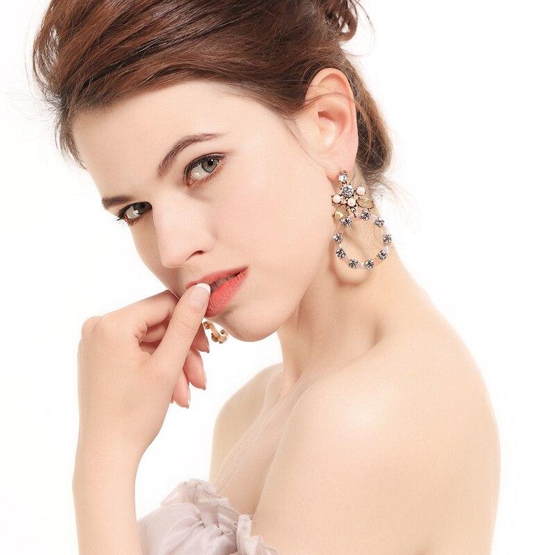 Class Ethereal Hollow Crystal Annulus Flower Big Drop Earrings For Women Earrings Popular in 2018 Fashion Jewelry