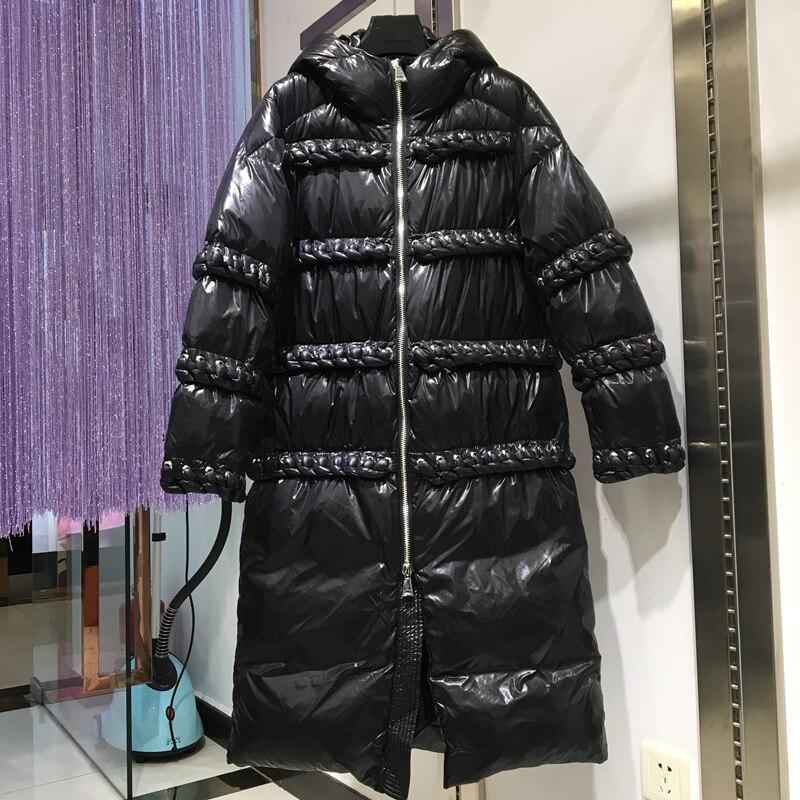 Kadın Giyim'ten Şişme Montlar'de Kış Siyah Uzun balon ceket Kadın 2019 Yeni Kalın Sıcak Kapşonlu Moda Diz Boyu Bayan Kirpi Ceket'da  Grup 1