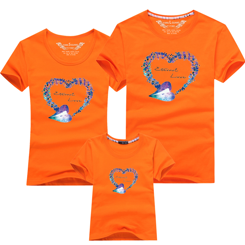 HTB1EclGPFXXXXcyXpXXq6xXFXXXS - Mommy and Me Clothes Family Look Summer LOVE Ggarland Pattern Family T Shirt Father and Son Clothes Family Matching Outfits
