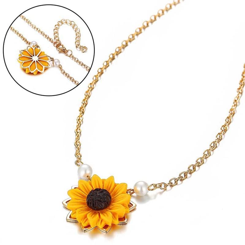 Mini Sunflower Pendant Necklace 2